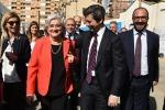 La presidente dell'Antimafia Rosy Bindi, con il ministro della Giustiizia Andrea Orlando e il sottosegretario all'Istruzione davide faraone, arrivano all'aula bunker di Palermo