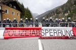 Più profughi al confine, l'Austria schiera ottanta poliziotti al Brennero