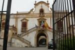 Estorsioni a Santa Flavia, il prefetto sospende il consigliere Martorana