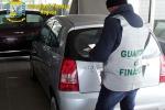 """""""Vendeva auto in nero"""", concessionario abusivo scoperto a Ispica"""