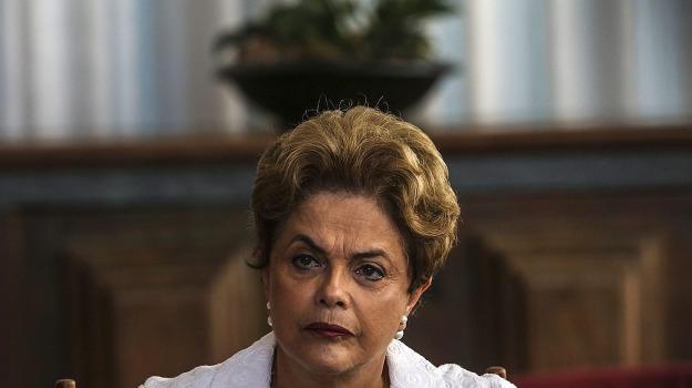 Dilma Rousseff, Sicilia, Mondo