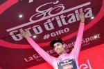 Giro: sull'Aremogna Nibali ci prova ma stecca, Dumoulin fa sul serio