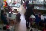 Schiaffi agli alunni, maestre incastrate dai filmati - video