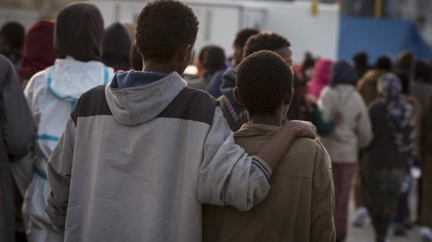 migranti galati mamertino, Messina, Cronaca