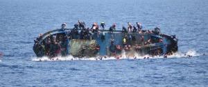 Migranti, naufragio nel mar Egeo: almeno 14 morti, ci sono 4 bambini
