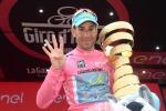 """Uno squalo in rosa"", in un libro Nibali racconta la sua impresa al Giro"