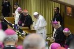Papa Francesco: soldi, vanità e potere sporcano anche la Chiesa
