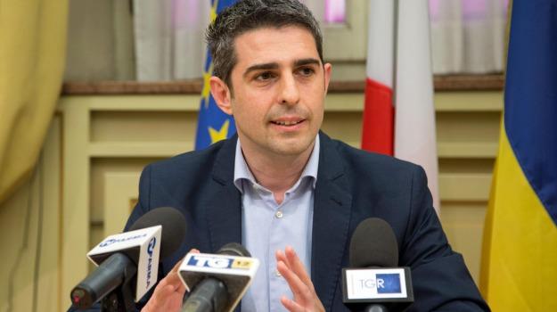 m5s, sindaco di parma, Federico Pizzarotti, Sicilia, Politica
