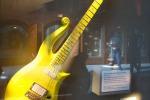 "All'asta la chitarra di Prince, la ""yellow cloud"" a Beverly Hills - Foto"