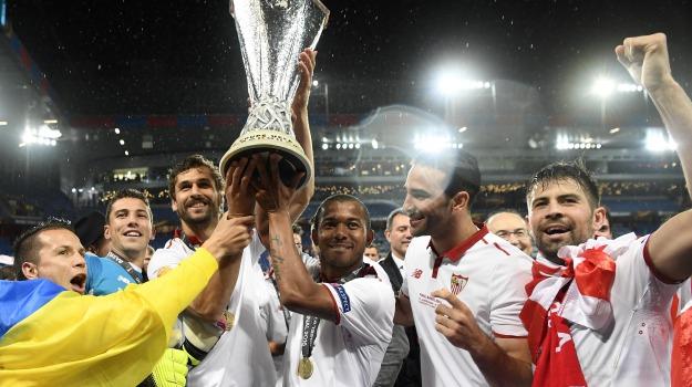 Calcio, europa league, siviglia, Sicilia, Sport
