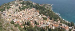 Boom di presenze a Taormina, tutto esaurito alle Eolie