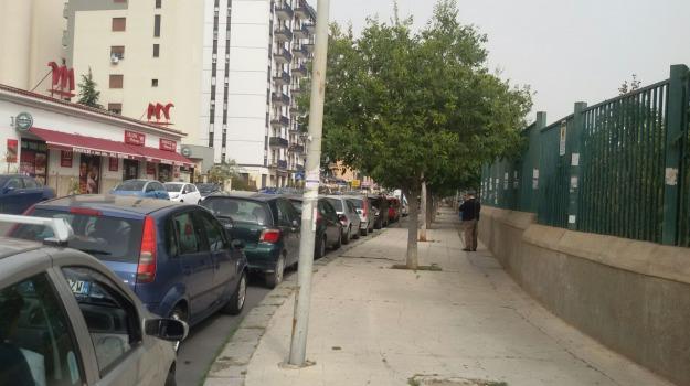 arresto posteggiatori abusivi, Palermo, posteggiatori abusivi civico, Palermo, Cronaca