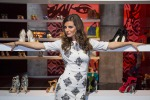 """Cristina De Pin in tv a 23 giorni dal parto: """"Io, mamma multitasking"""""""