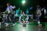 Laura Pausini torna sul palco di San Siro: le foto del concerto-evento