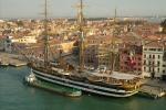 Inquinamento dei mari, se ne parla sulla Vespucci ormeggiata a Trapani