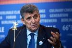 Liberi e Uguali candida il medico di Lampedusa Pietro Bartolo: correrà per il Senato