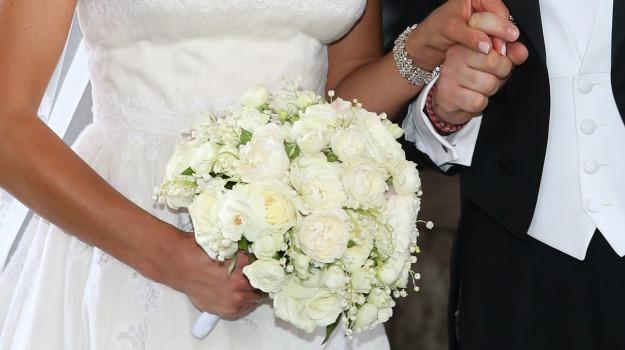 abito da sposa, matrimonio, san cataldo, Caltanissetta, Cronaca