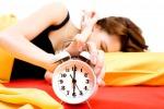 L'allarme dei ricercatori: dormire solo 5 ore a notte fa male al cuore