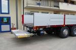 Travolto da sponda di un suo camion: imprenditore grave a Caltanissetta