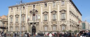 Catania, deliberato lo stato di dissesto economico: buco da 1,6 miliardi