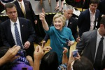 Trump crolla nei sondaggi, Hillary avanti di 10 punti