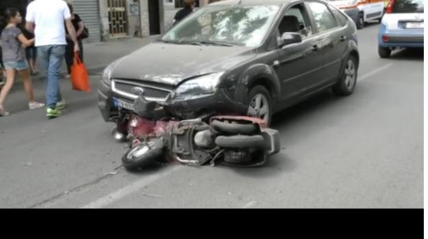 Corso Calatafimi, incidente, Moto, Palermo, vespa, Palermo, Cronaca