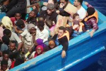 Migranti, in dieci rimpatriati dal Cie di Caltanissetta