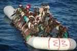 Nuova tragedia nel Canale di Sicilia: almeno venti migranti morti su un gommone