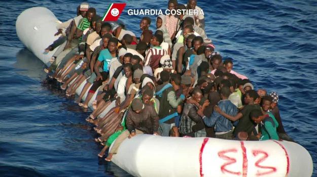 barcone lampedusa, immigrazione lampedusa, Agrigento, Cronaca, Migranti e orrori