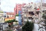 I soccorsi, le macerie e la palazzina sventrata dopo l'esplosione: le immagini da via Brioschi