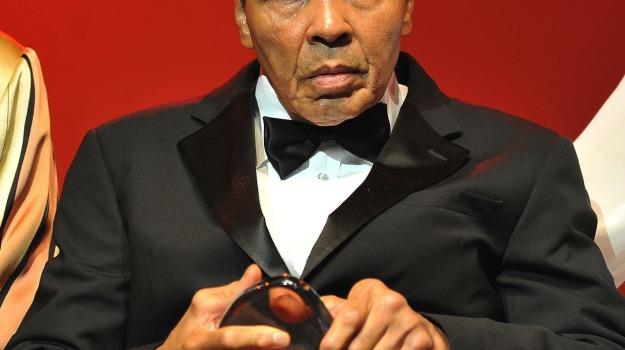 Muhammad Ali, Sicilia, Mondo