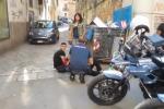 Scippano una donna in centro a Palermo, è cardiopatica e ha un malore