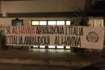 """""""L'Italia abbandoni Almaviva"""": striscioni Casapound davanti a sedi di Palermo"""