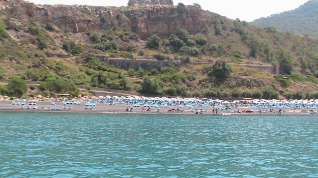 pollina resort, turismo, Palermo, Economia