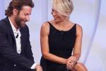 """Bradley Cooper alla corte di Maria De Filippi: il divo ospite a """"C'è posta per te"""""""