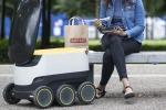 Consegnano il cibo a domicilio, debuttano i robot fattorino