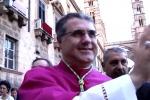 """Santa Rosalia, reliquie in processione e monito di Lorefice: """"Nessuno tocchi Palermo"""" - Video"""