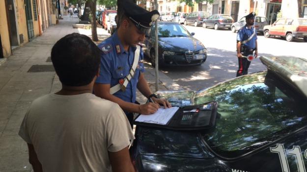 Palermo, parcheggiatore abusivo, Palermo, Cronaca