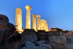 Valle del Templi, «riaffiorano» mura antiche