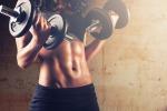 """Body building, lo studio: per """"farsi i muscoli"""" bastano i pesetti"""
