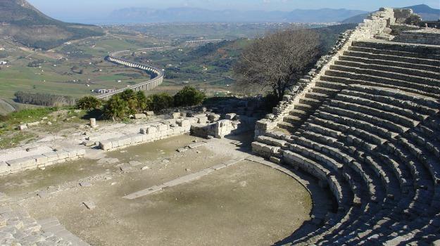 teatro segesta, Trapani, Cultura