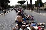 Fan in attesa, arriva Bruce Springsteen: misure di sicurezza e divieti per il live al Circo Massimo