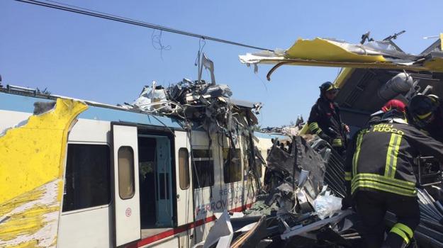 scontro, tragedia, treni, Sicilia, Cronaca