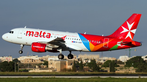 aereo, malta, Palermo, Cronaca