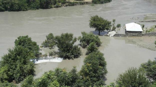 alluvione, AUTOBUS, incidente, india, vittime, Sicilia, Mondo