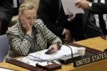 """Hillary Clinton attacca: """"La Russia dietro le intrusioni nelle mie mail"""""""