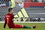 Portogallo, festa a metà per Cristiano Ronaldo: distorsione al ginocchio, fuori un mese