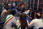 Rivolta dei sindaci sui rifiuti, Crocetta: tutti i comuni della provincia scaricheranno a Palermo