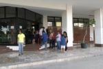 Senza stipendi da un anno, protestano i dipendenti dell'Aras - Video