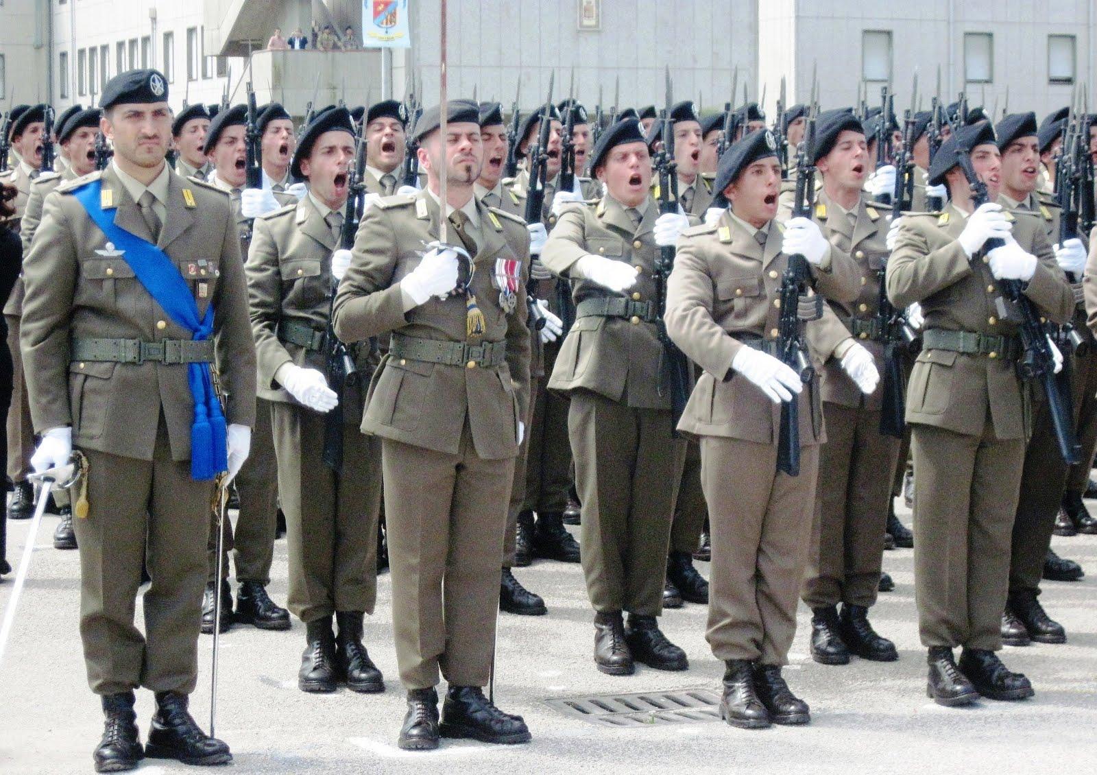 Lavoro nell 39 esercito e nella guardia di finanza concorsi for Concorsi parlamento italiano 2017